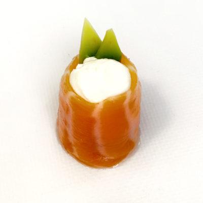 Гункан лосось-сир