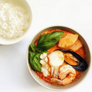 Червоний карі з морепродуктами/ Ген Пед