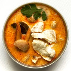 Том Кха з куркою / суп з кокосовим молоком